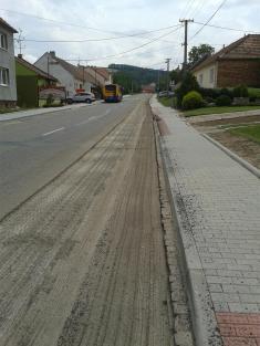 Frézování hlavní silnice - 28. 7. 2014