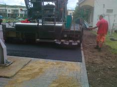 Oprava asfaltové plochy ve sportovním areále